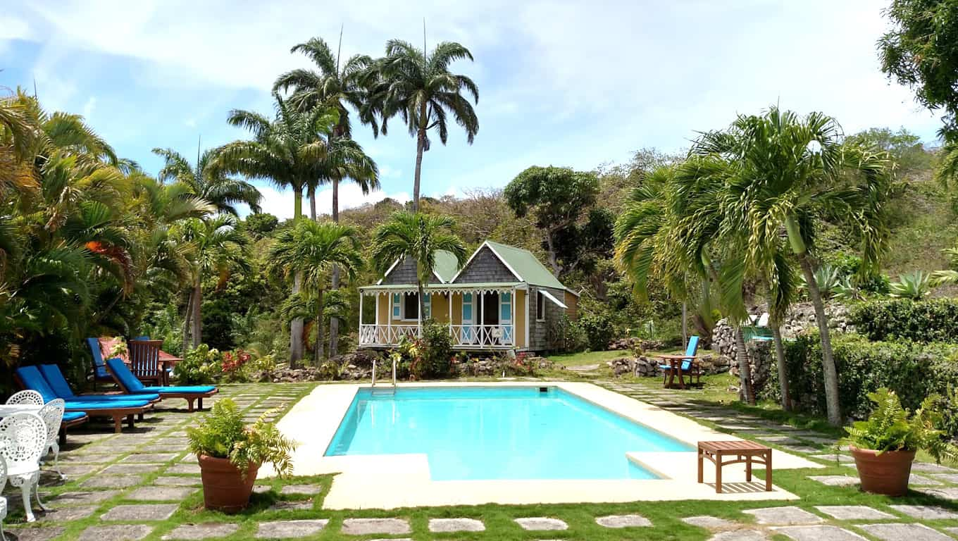 Old Manor Hotel - Nevis